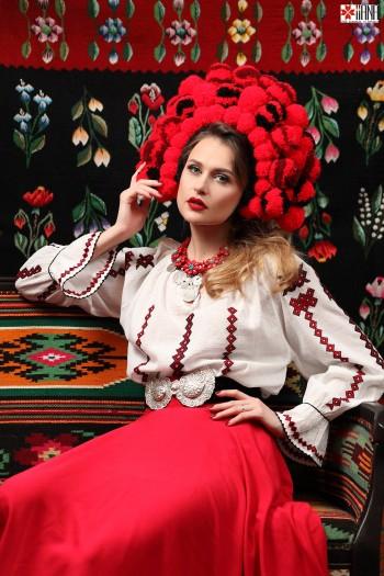 Ie Traditionala Romaneasca Maneca Lunga Motivul Romb Negru