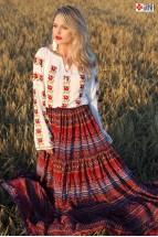 Ie Traditionala Romaneasca Maneca Lunga Motivul Inflorata
